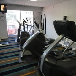 Wellness/Fitness DoubleTree by Hilton Raleigh - Brownstone - University