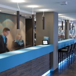 Vista interior Motel One Mitte