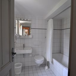 Bathroom Schloss Buttenheim Landhotel