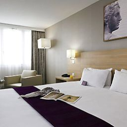 Chambre Mercure ( ex Holiday Inn PARIS - VÉLIZY)