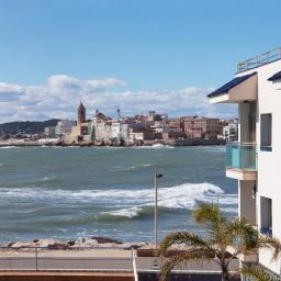 Widok z hotelu Port Sitges Resort
