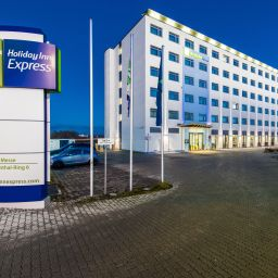 Exterior view Holiday Inn Express MUNICH - MESSE