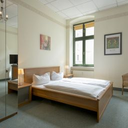 Suite familiale Bed and Breakfast am Luisenplatz