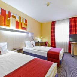 Zimmer Holiday Inn Express FRANKFURT - MESSE