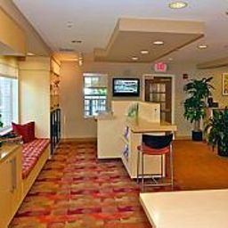 Hall TownePlace Suites Greenville Haywood Mall