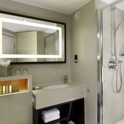 Camera da bagno DoubleTree by Hilton London - Ealing