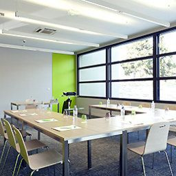 Conference room ibis Styles Lille Aeroport