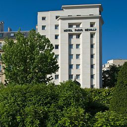 Exterior view Paris Neuilly