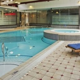 Бассейн Crowne Plaza LONDON - GATWICK AIRPORT