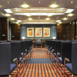 Конференц-зал Crowne Plaza LONDON - GATWICK AIRPORT
