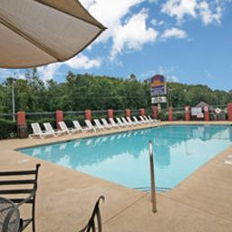 Pool BEST WESTERN of Asheville Biltmore East Fotos