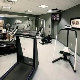 Wellness/Fitness Holiday Inn Express Hotel & Suites TORONTO-MISSISSAUGA