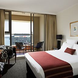 Номер Quay West Suites Auckland