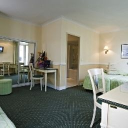 Family room Best Western New York