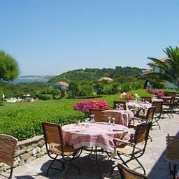 Terrace La Reserve Chateaux et Hotels Collection