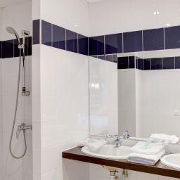 Bathroom Best Western Toulouse Airport