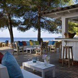Bar La Pinede Plage Chateaux et Hotels Collection