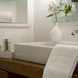Bathroom La Pinede Plage Chateaux et Hotels Collection