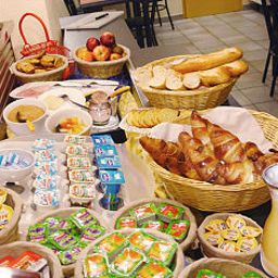 Buffet Best Hotel Grigny Paris Sud Fotos