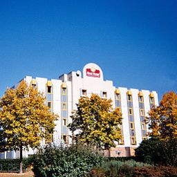 Vista exterior Best Hotel Grigny Paris Sud Fotos