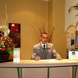 Reception Best Western Hotel Riviera