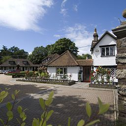 Exterior view Boxmoor Lodge Hotel & Restaurant