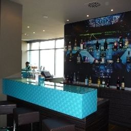 Bar Motel One Airport