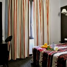 Chambre Quality Hotel Alliance Lourdes