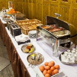 Buffet Prague Inn