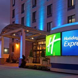 Vista exterior Holiday Inn Express NEW YORK-BROOKLYN