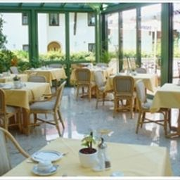 Breakfast room within restaurant Maria Gästehaus