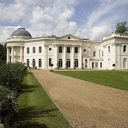 Exterior view Sundridge Park Conference Centre