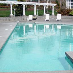 Piscina Kitsap Hospitality Executive Apartments Fotos