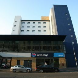 Фасад TRAVELODGE SLOUGH