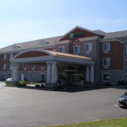 Holiday Inn Express Hotel & Suites 1000 ISLANDS - GANANOQUE Gananoque