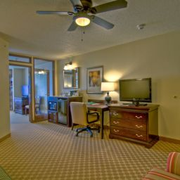 Suite MN  Chanhassen Country Inn & Suites By Carlson