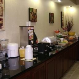 Ristorante TN  Cool Springs Country Inn & Suites By Carlson