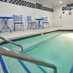 Pool Holiday Inn Express Hotel & Suites BRENTWOOD NORTH-NASHVILLE AREA