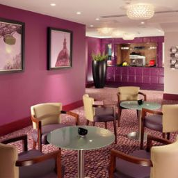 Ресторан Crowne Plaza LONDON - EALING