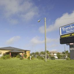 Exterior view Travelodge Kissimmee Maingate Suites