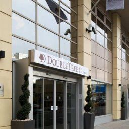 Фасад DoubleTree by Hilton London Victoria