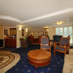 Hall an Ascend Hotel Collection Member The Virginian Suites