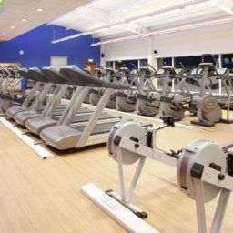 Fitness room JCT.37 Holiday Inn BARNSLEY M1