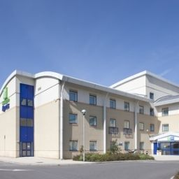 Holiday Inn Express CARDIFF AIRPORT Cardiff