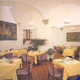 Breakfast room within restaurant Botticelli