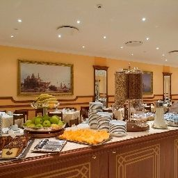 Buffet Ascot Sorrento