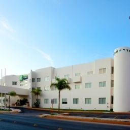 Holiday Inn Express PLAYA DEL CARMEN Playa del Carmen