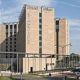 Vista exterior Starhotels Grand Milan