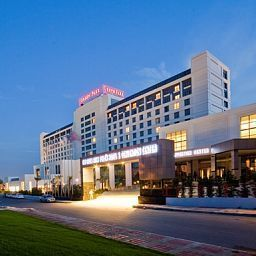 Фасад The Green Park Pendik Hotel & Convention Center