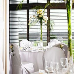 Breakfast room De Vere Venues Highfield Park